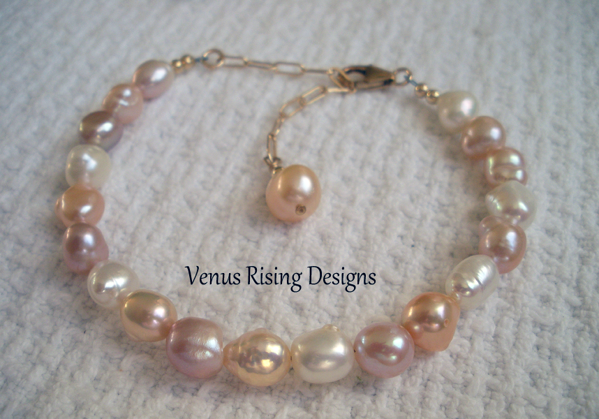 Le Femme Pearl Bracelet